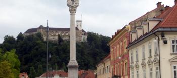 Poster sobre el programa Estimul'Art presentado en la 25ª Conferencia Anual de Alzheimer Europa (Ljubliana, septiembre 2015)